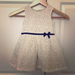 Carters size 3T dress